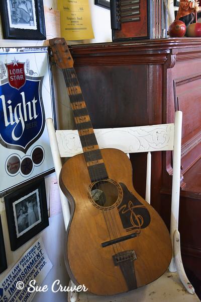 Flat Body Guitar