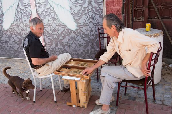 Backgammon in Kusadasi