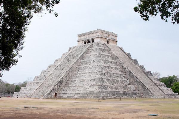 Mayan Pyramid at Chichen Itza, Mexico