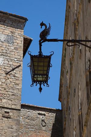 Streetlight in San Gemignano