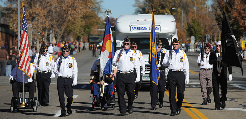 20101106_VETERANS_DAY_PARADE_5