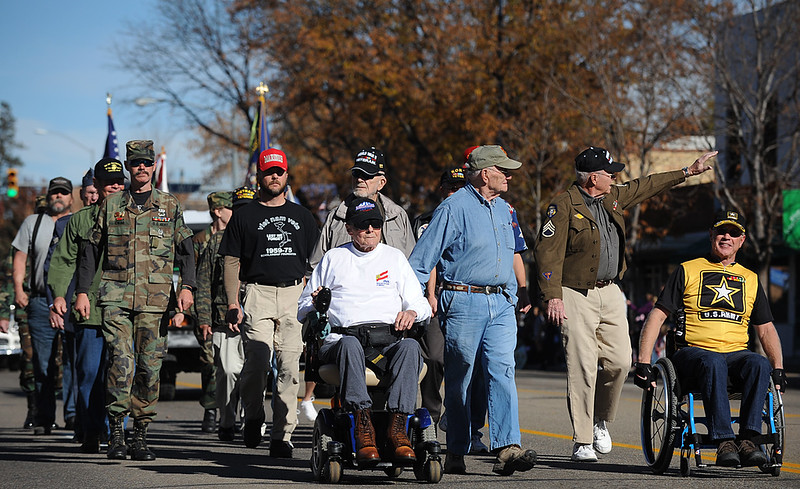 20101106_VETERANS_DAY_PARADE_9