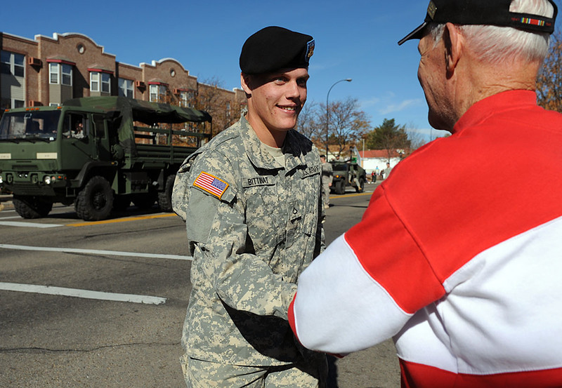20101106_VETERANS_DAY_PARADE_2