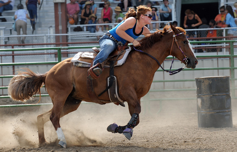 20110803_FAIR_BARREL_RACING_4