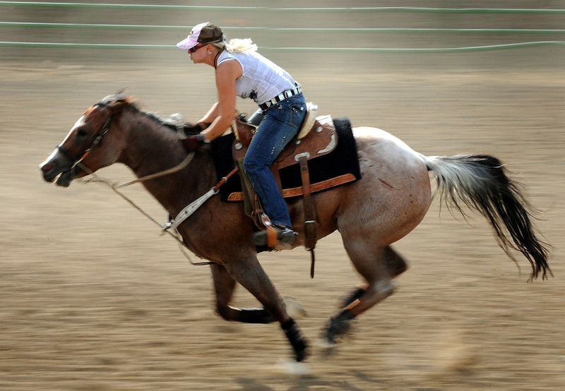 20110803_FAIR_BARREL_RACING_1
