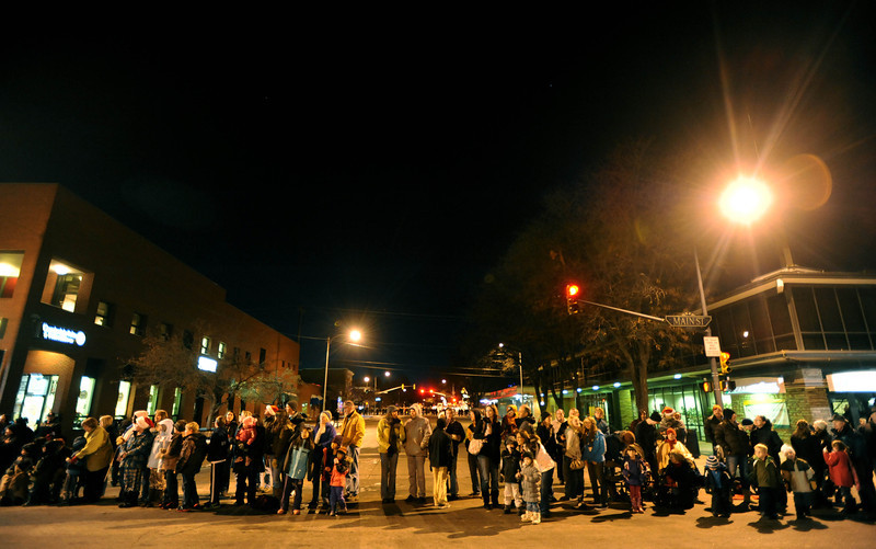 20111210_HOLIDAY_LIGHTS_PARADE_13