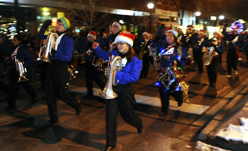 20111210_HOLIDAY_LIGHTS_PARADE_20