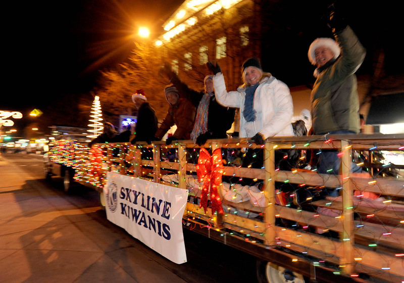 20111210_HOLIDAY_LIGHTS_PARADE_12
