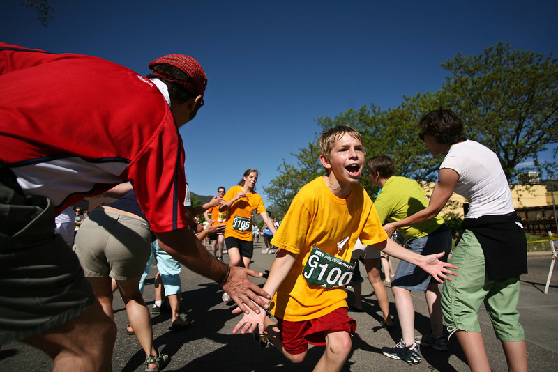 20100531_BOLDER_BOULDER_HIGH_FIVES