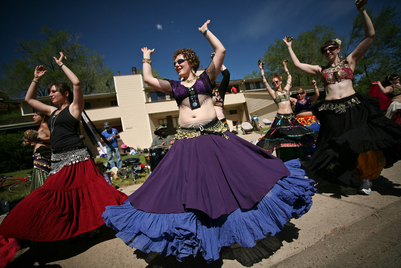 20100531_BOLDER_BOULDER_BELLY_DANCERS