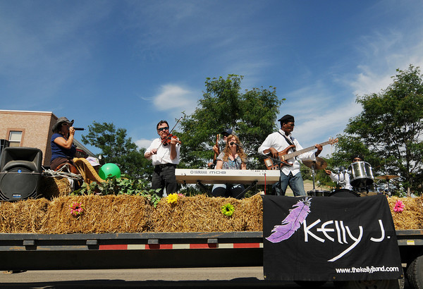 The Kelly J. Band performs during the Boulder County Fair Parade in Longmont, July 31, 2010.