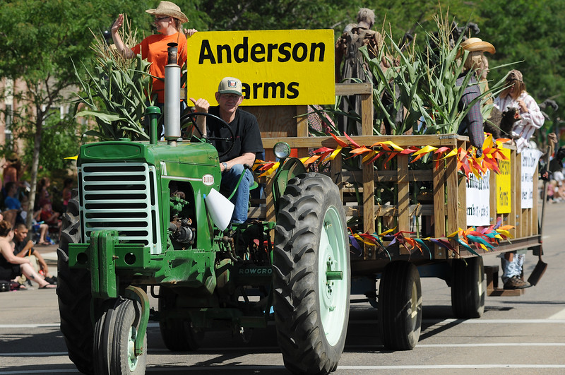 The Anderson Farms float makes it way along the Boulder County Fair Parade route in Longmont Saturday, July 31, 2010. (Bradley Wakoff/Times-Call)