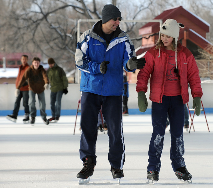 20111204_LONGMONT_ICE_PAVILLION_2