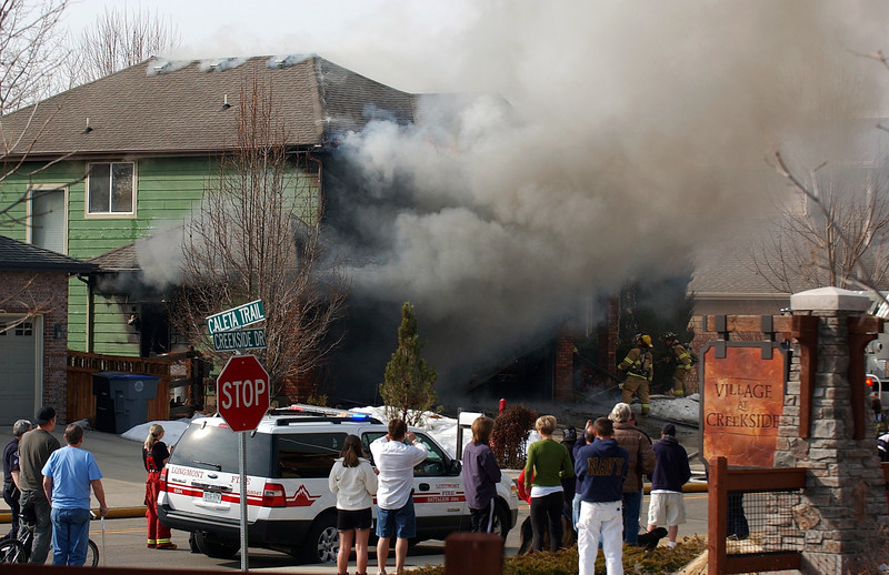 20100304_CREEKSIDE_DRIVE_FIRE