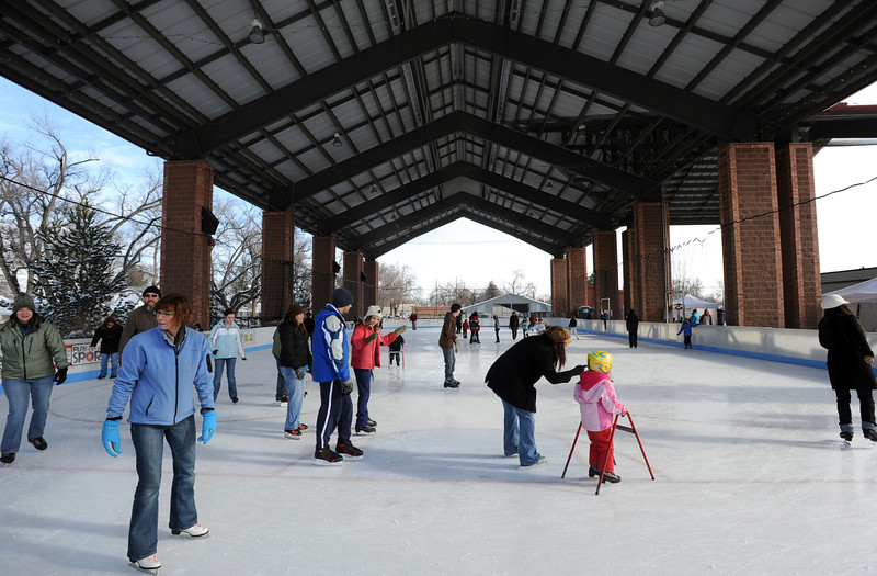 20111204_LONGMONT_ICE_PAVILLION_1