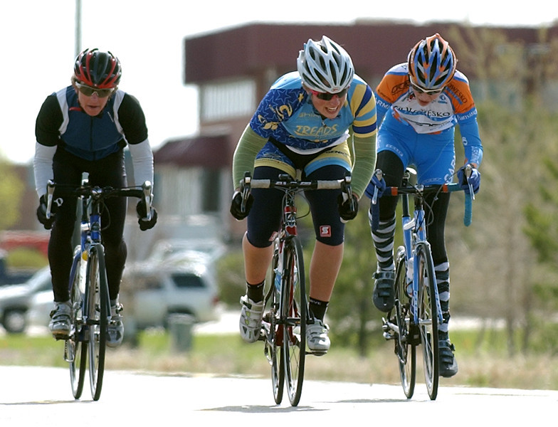 20100502_RMH_RACE_CRITERIUM_SANDSTONE_BICYCLE_EMERSON