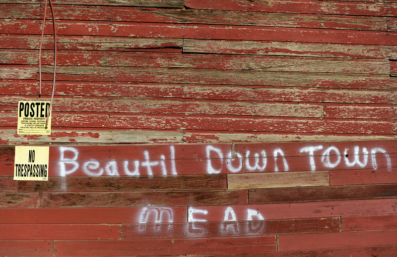 MEAD_RED_BARN
