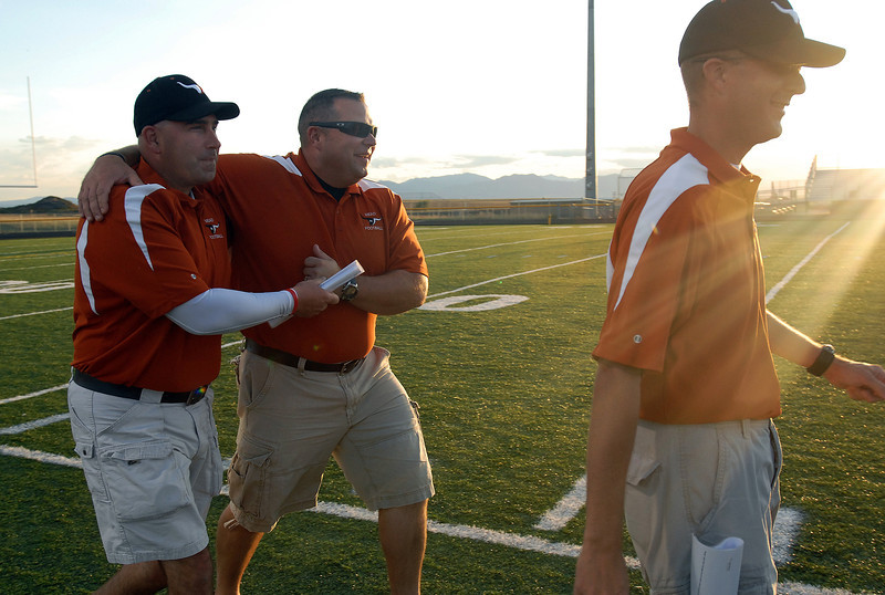 20090908_MEAD_ATHLETICS_FOOTBALL_COACHES