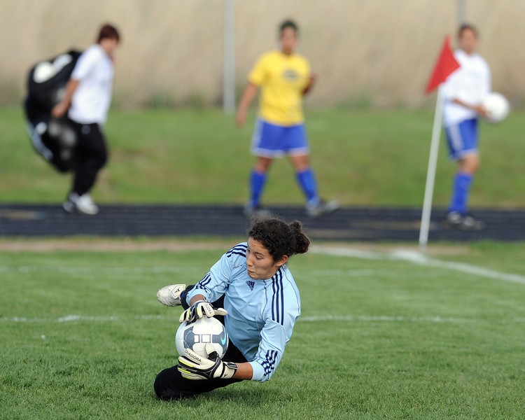 20100505_SCOF_GOALKEEPER_GODINEZ