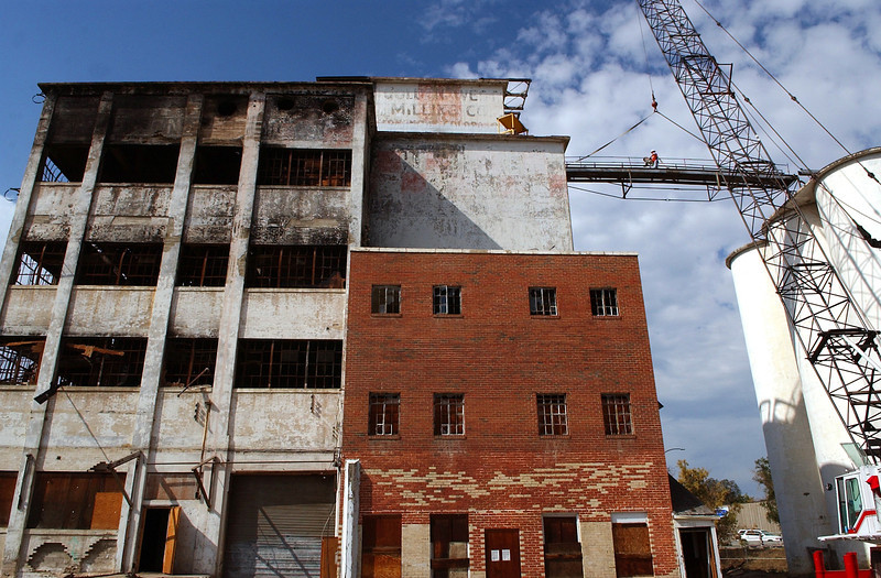 20101004_RMH_FLOUR_MILL_DEMOLITION