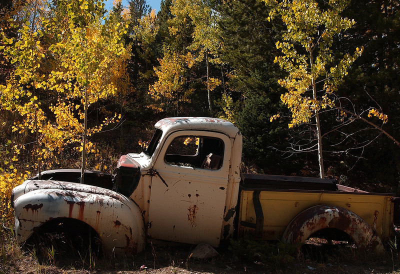 20081002_ASPENS_FALL_COLOR_TRUCK