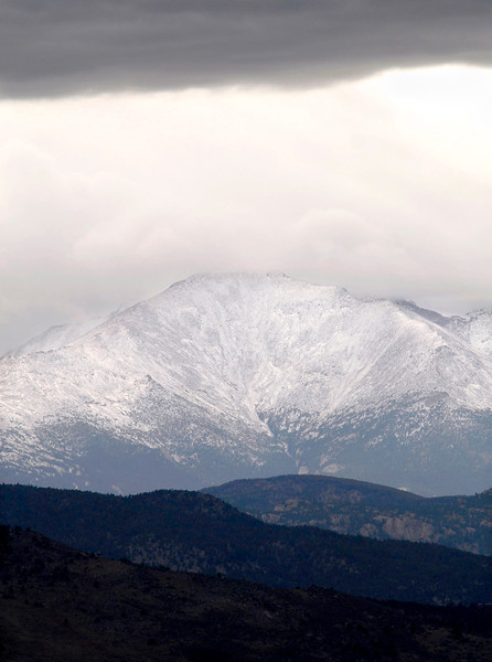 20090922_WEATHER_SNOW_MT_MEEKER