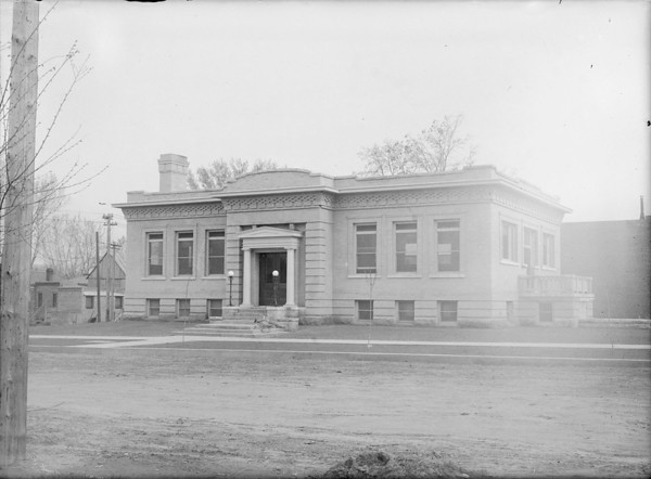 Completed building.<br /> (Courtesy Longmont Museum)