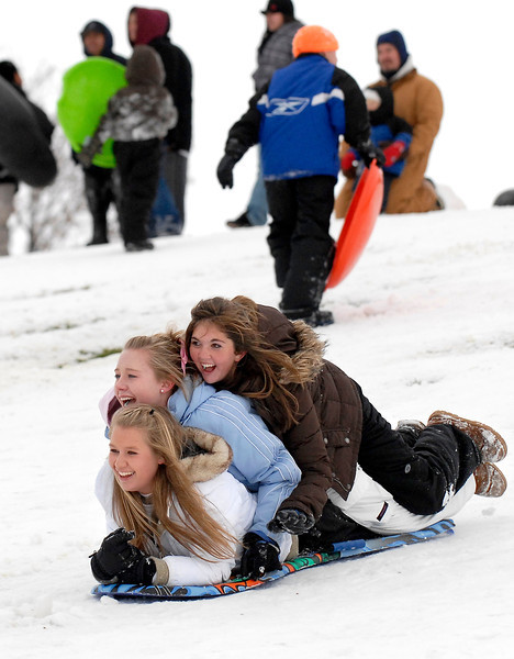 20091029_SNOW_SLEDDING_SKYLINE