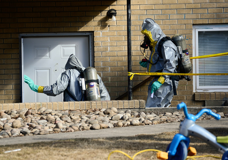 20130218_DEATH_INVEST_068.jpg Longmont Police investigate the death of a 6 year old child, Monday, Feb. 18, at 706 Darby Court.<br /> (Matthew Jonas/Times-Call)