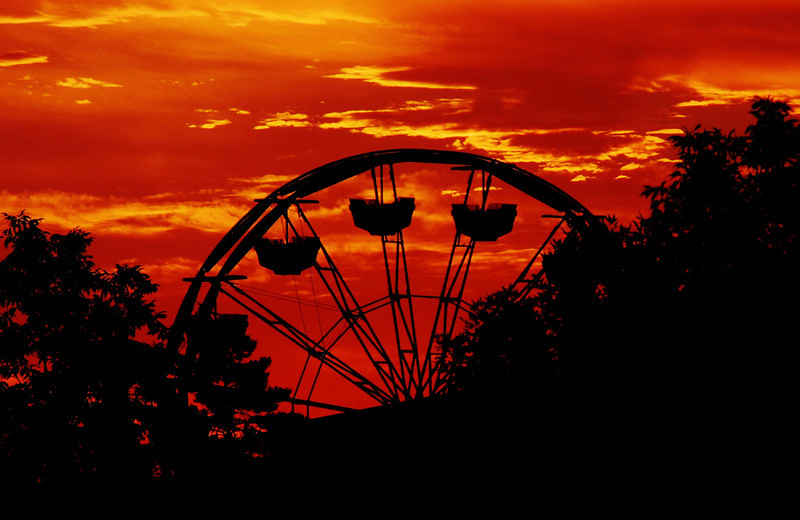 Rebecca Ewer was up early enough to see the sunrise behind the ferris wheel at this year's Boulder County Fair. (Photo submitted by Rebecca Ewer)