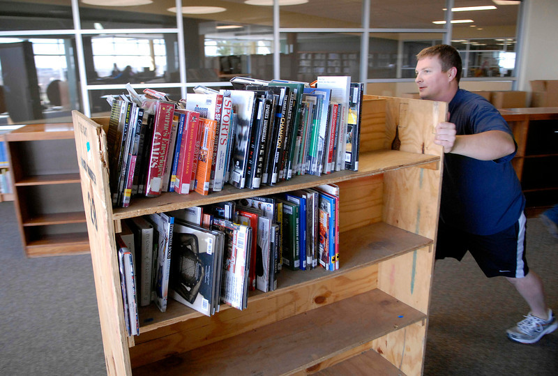 20100402_RMH_SKYLINE_LIBRARY_MOVE_CLARK