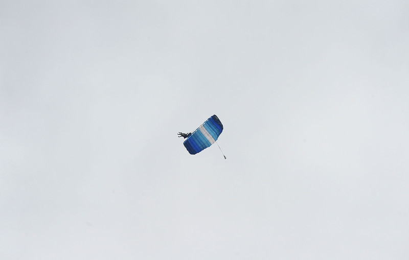 20100527_SKYDIVER_18