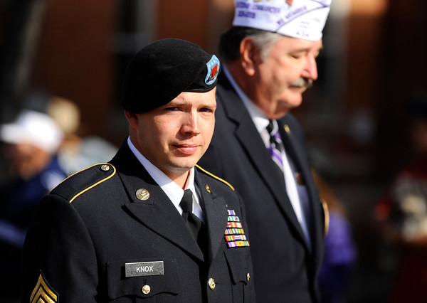 20091111_VETERANS_DAY_PARADE_KNOW
