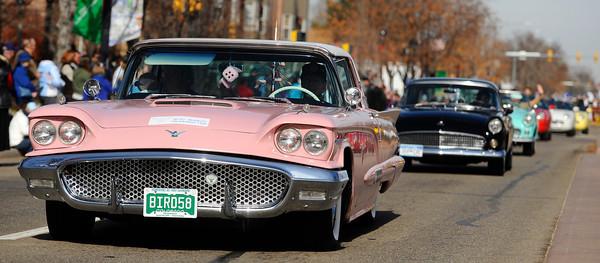 20091111_VETERANS_DAY_PARADE_CAR