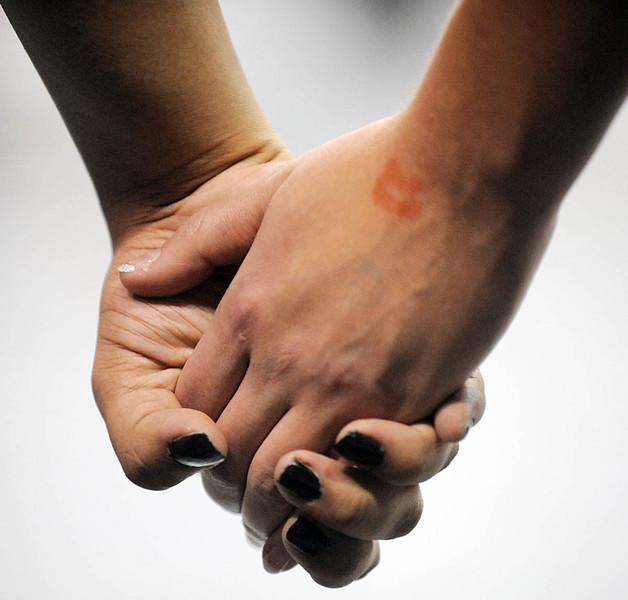 20091114_VBOL_HANDS