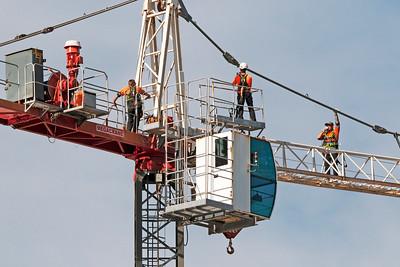 Construction crane removal. Update ed305. Gosford. April 9, 2019.