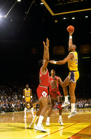 KAREEM (44) FT HOOK BULLS