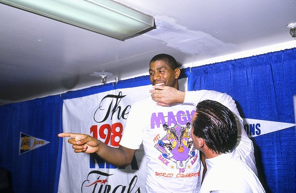 115 MAGIC AND RILEY PRESS CONFERENCE 1988 FINALS