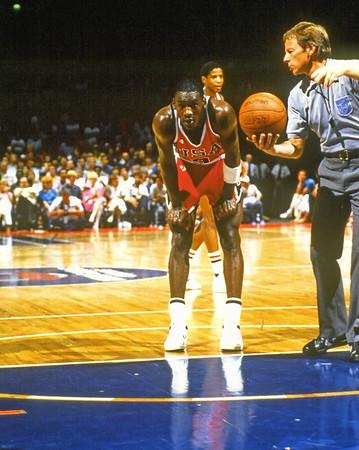 JORDAN (205) 1984 US TEAM VS NBA