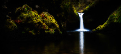Punch Bowl Falls, Columbia River Gorge, Oregon