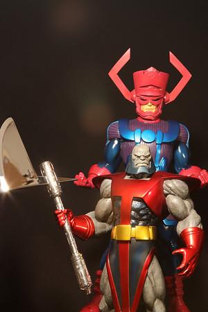Bowen Designs Terrax Statue vs the Fantastic Four Statues