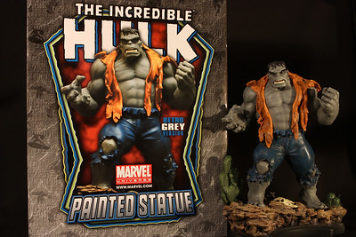 Bowen Designs Hulk Statue Grey Retro Version PHASE 4