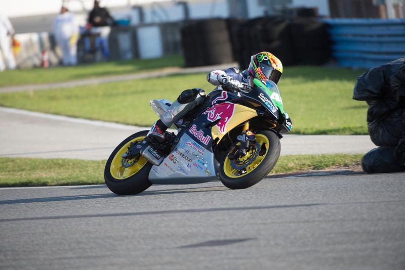 Felipe MacLean_Action
