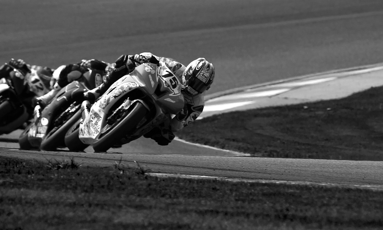 Huntley Nash low angle black and white photograph of his pro supersport racing bike.