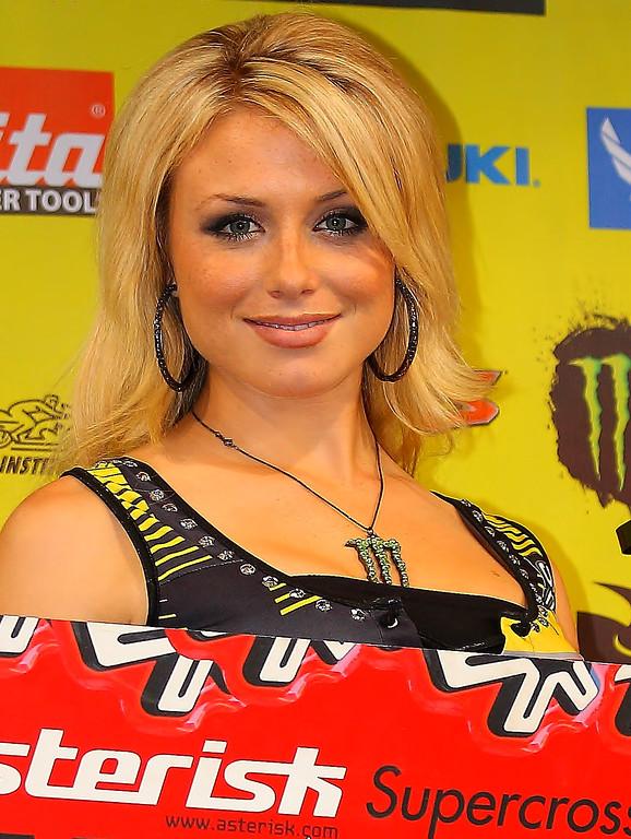 Ten videos of SX Ed starring Dianna Dahlgren will air leading up to the 2013 Supercross season
