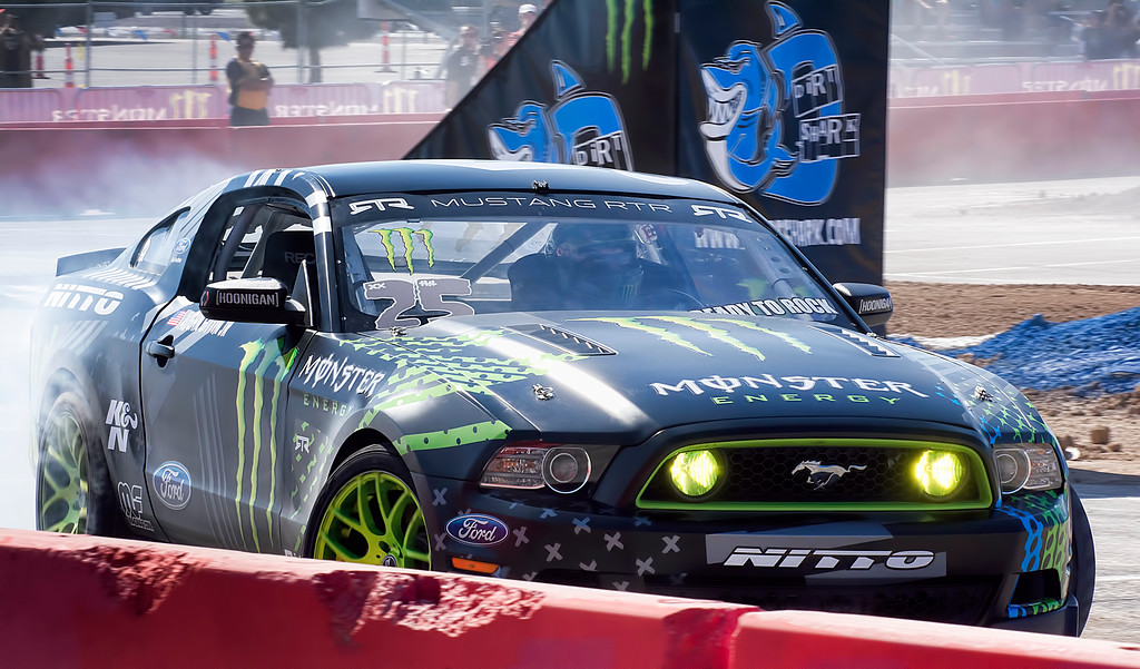 Vaughn Gittin Jr. Smokes up the track Monster Energy Cup 2013