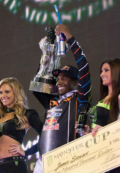James Bubba Stewart wins 2013 Monster Energy Cup picks up $100,000.00.
