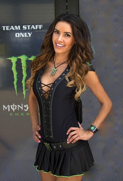 Monster Energy Drink Girl Mercedes Terrell Mid-O