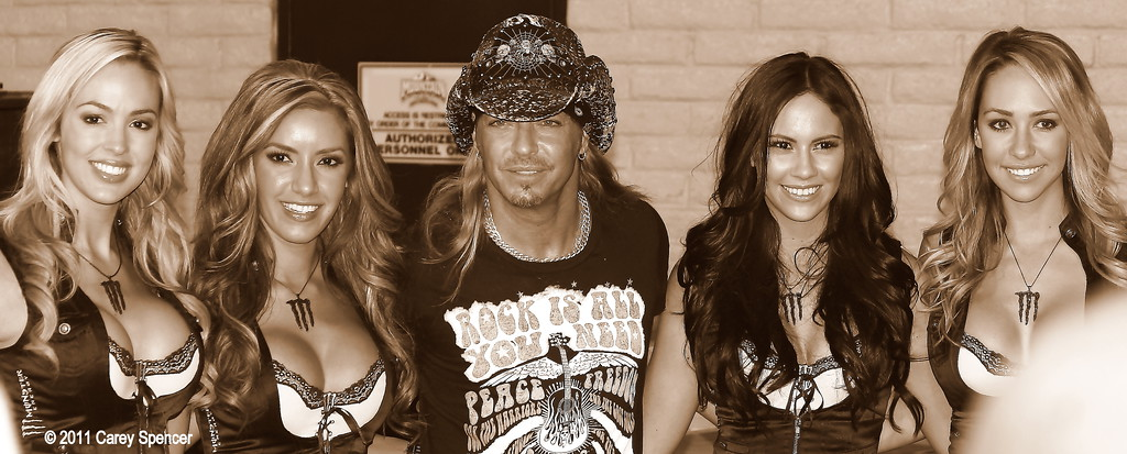 Bret Michaels Monster Energy Drink Girls Las Vegas