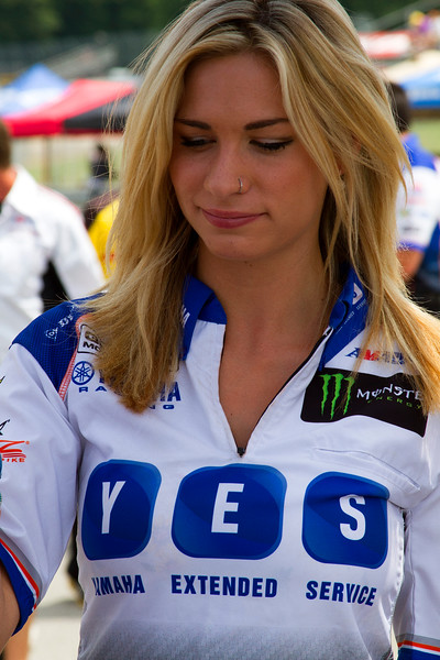 Sexy Graves Yamaha Umbrella Girl Mid Ohio